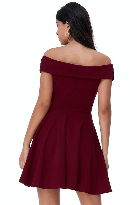 Bordeaux rood off-shoulder cocktailjurkje 4743 - City Goddess galajurken en cocktailjurken